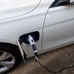 BMW530e充電コンセント